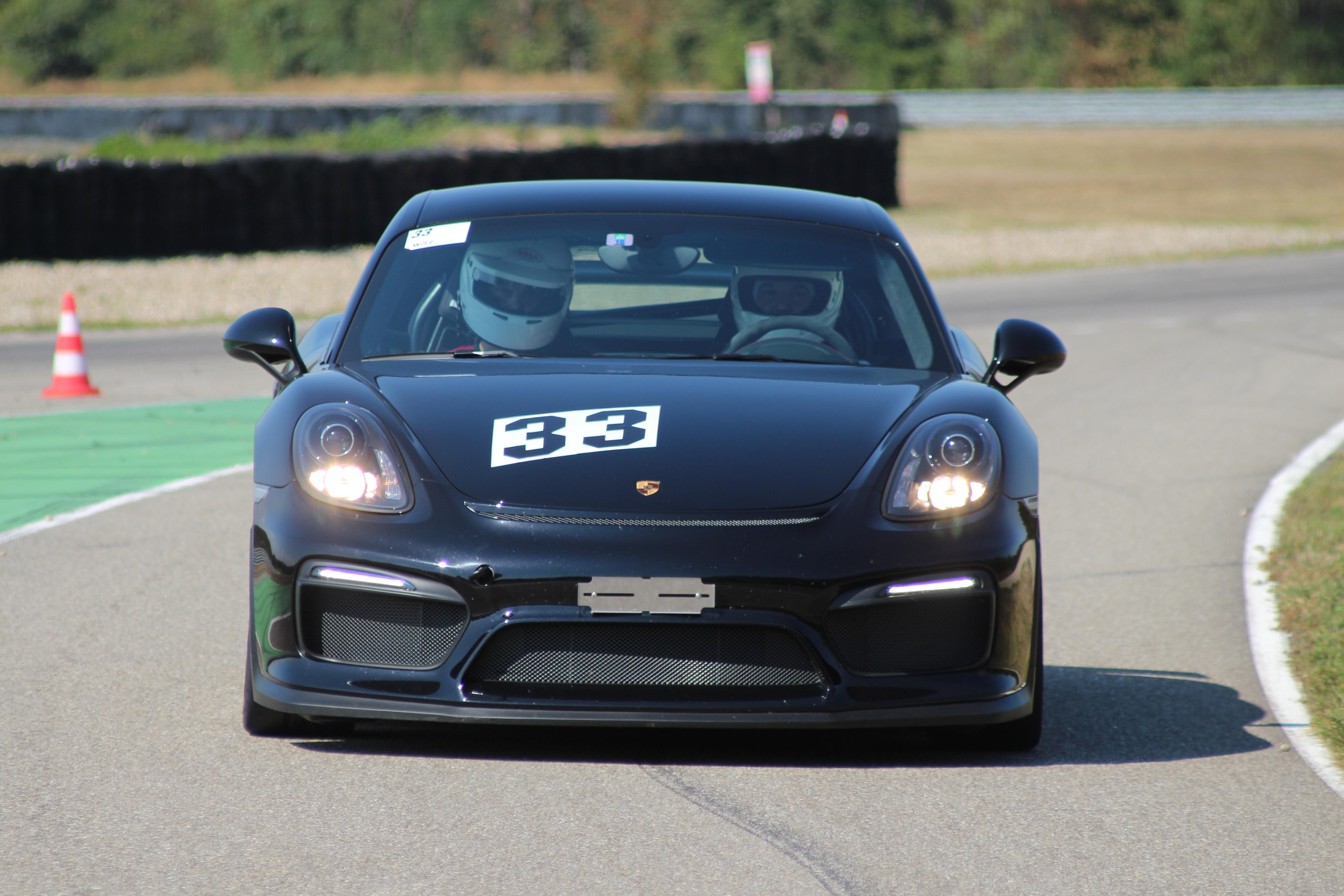 Porsche Cayman GT4 (PG81)